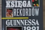 Zdjęcie do ogłoszenia: Księga rekordów Guinnessa 1991 - unikatowa pierwsza polska edycja