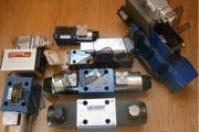 Zdjęcie do ogłoszenia: Rozdzielacz Rexroth 4WE 10 J33/CW 230 N9K4 Rozdzielacze