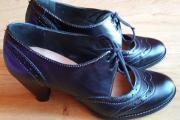 Zdjęcie do ogłoszenia: Buty skórzane Quazi, kolor Czarny, rozm 37, sznurowane