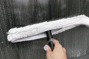Zdjęcie do ogłoszenia: Mycie okien, witryn okiennych, przeszkleń, doczyszczanie ram okiennych, po remoncie