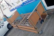Zdjęcie do ogłoszenia: Łóżko rehabilitacyjne do opieki nad chorym Vermeiren Luna Basic