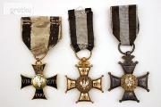 Zdjęcie do ogłoszenia: KUPIE WOJSKOWE STARE odznaczenia,odznaki,medale,ordery tel. 694972047